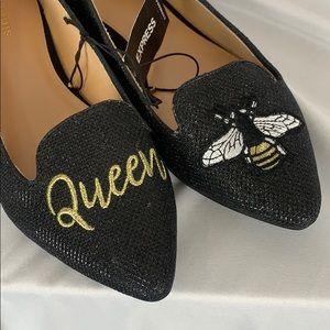 NWT Express Queen Bee black flats women's 9